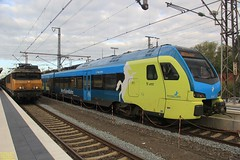 NS Class 1700 #1752 (NL NS 91 84 156072-5) & WestfalenBahn Stadler FLIRT ET411 (94 80 1428 111-7 D-WFB) (busdude) Tags: ns class 1700 1752 91 84 nl 1560725 nlns91841560725 flirt et411 948014281117dwfb 94 80 1428 1117 dwfb westfallenbahn stadler bad benthiem badbenthiem nederlandse spoorwegen deutsche bahn nederlandsespoorwegen deutschebahn db ic 141 intercit