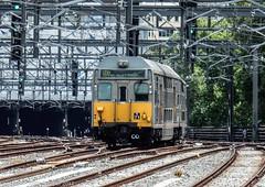 Sydney Trains - K-set K-71 heads for the City Circle tunnels (john cowper) Tags: kset centralrailwaystation sydneytrains suburbanrailways sydney newsouthwales