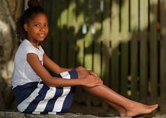 Tamika (04_0006) (ronnie.savoie) Tags: africanamerican black noir negra woman mujer chica muchacha girl pretty guapa lovely hermosa browneyes ojosnegros brownskin pielcanela portrait retrato model modelo modèle smile sonrisa sandybay roatan roatán honduras hondureña catracha bayislands islasdelabahía diaspora africandiaspora