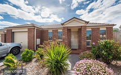 52 Backhaus Avenue, Sunbury VIC