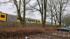 Uitgerangeerd. (Peter ( phonepics only) Eijkman) Tags: amsterdam city mat64 transport trains treinen trein train ns nsr nederland netherlands nederlandse noordholland nederlandsespoorwegen spoorwegen spoor depot depots rail rails railways railway reflectionsofthepast holland