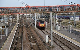 The 07.52 Virgin Trains East Coast Service from Aberdeen to London Kings Cross passes under the famous cycle bridge at Cambridge, following diversions from the East Coast Mainline. Unit 43311 top n tail with 43309 were the power units. 04 02 2017