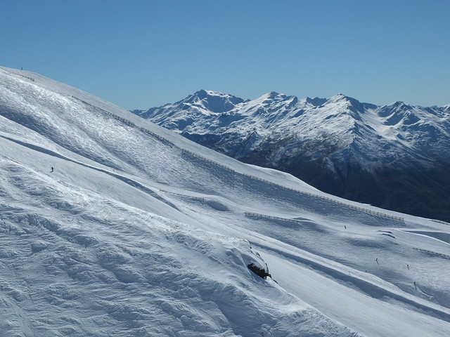 Saddle Basin, Treble Cone NZ (12 Sept 2013)