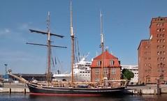 Alter Hafen Wismar (ThomasKohler) Tags: port harbor ship sail hafen cog schiff segelschiff speicher backstein kreuzfahrt kogge schwedenhaus
