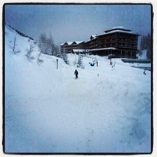 #snowpic #snowbaar #snowbike #snowchaos #snowscoot #snowalert #katschberg #landal #snowadventure #instagood #instasnow #bestview