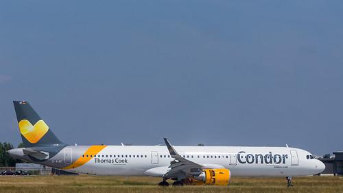 Condor Airbus A321-211 D-AIAE