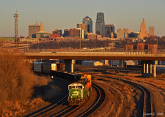 "Westbound Transfer in Kansas City, KS (""Righteous"" Grant G.) Tags: bnsf railway railroad locomotive bn burlington northern up union pacific kansas city missouri emd power west westbound transfer freight"