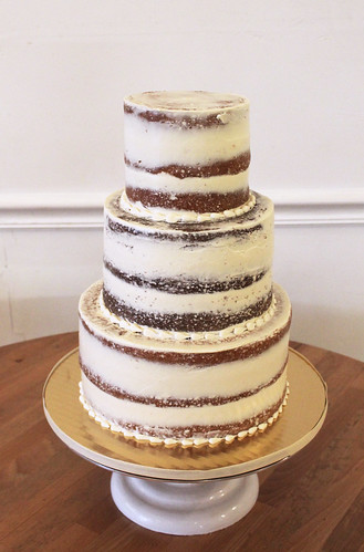 Naked Wedding Cake 3-tiers
