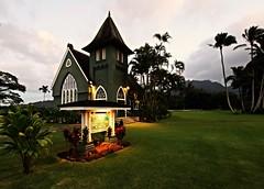 Wai'oli Hui'ia Church (Laurence's Pictures) Tags: hawaii kauai aloha tourism tourist beach hanalei church religion golden hour