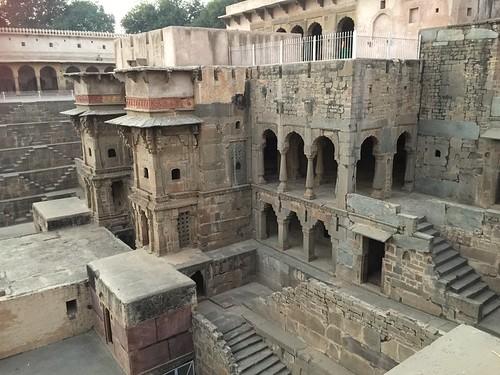 印度地下宮殿(月亮水井)