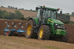 John Deere 7920 Tractor with a Lemken EurOpal 8x 5 Furrow Plough (Shane Casey CK25) Tags: john deere 7920 tractor lemken europal 8x 5 furrow plough jd green bartlemy winter barley ploughing turn sod turnsod turningsod turning sow sowing set setting tillage till tilling plant planting crop crops cereal cereals county cork ireland irish farm farmer farming agri agriculture contractor field ground soil dirt earth dust work working horse power horsepower hp pull pulling machine machinery nikon d7100 traktor tracteur traktori trekker trator ciągnik