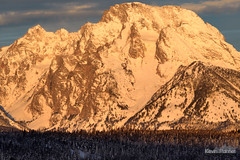 Good Moran Morning (kevin-palmer) Tags: grandtetonnationalpark wyoming winter december snow snowy early morning sunrise teton mountains sunlight gold golden mountmoran nikond750 nikon180mmf28 nationalpark
