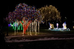 Nela Park 35 (rwerman) Tags: ge generalelectric nelapark christmas christmaslights christmastree lights eastcleveland