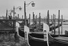 3 gondole (poludziber1) Tags: venice venezia street city cityscape lamp gondola italia italy blackwhite blackandwhite sea water winter urban europe old skyline
