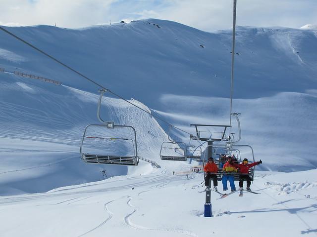 Stoked crew on the Saddle Basin chairlift - Treble Cone, Wanaka NZ (16.9.2014)
