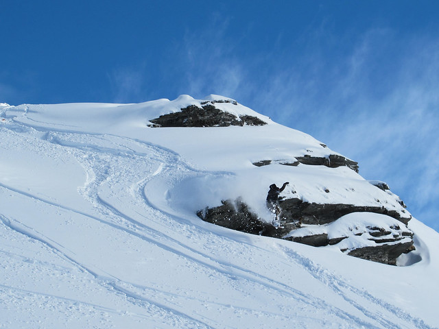 Dropping cliffs on the side of Cloud Nine - Treble Cone, Wanaka NZ (16.9.2014)