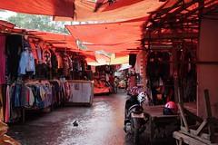 DSCF4919 (ababh) Tags: sumatra indonesia shade bukittinggi  pasaratas madderred