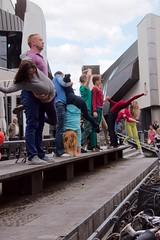 Flustcke015 - -_MG_8666 (thomesy) Tags: deutschland europa kunst tanz nordrheinwestfalen mnster mnsterland stadtbcherei deugermany nrwnordrheinwestfalen srasenkunst flurstcke015 chelyabinskcontemporarydancetheater miniaturesformuenster