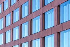 Pattern (ako_law) Tags: berlin berlinmitte mitte deutschland de ard hauptstadtstudio ardhauptstadtstudio architecture architektur facade fassade gebäude fenster muster abstract abstrakt canoneos6d tamronafsp70300mm456divcusd