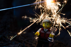 Happy New Year! (366:366) (Lost Star) Tags: 366the2016edition 3662016 day366366 31dec16 newyearseve lego minifigures sparklers minime