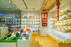 QHome Showroom 2017 (daihocsi [(+84) 918.255.567]) Tags: interior showroom houseware lightup zeiss 21mm