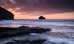 Trebarwith Strand. (b.pedlar) Tags: sunset atlantic waves surf rocks clouds trebarwith landscape seascape reflections cornwall gullrock