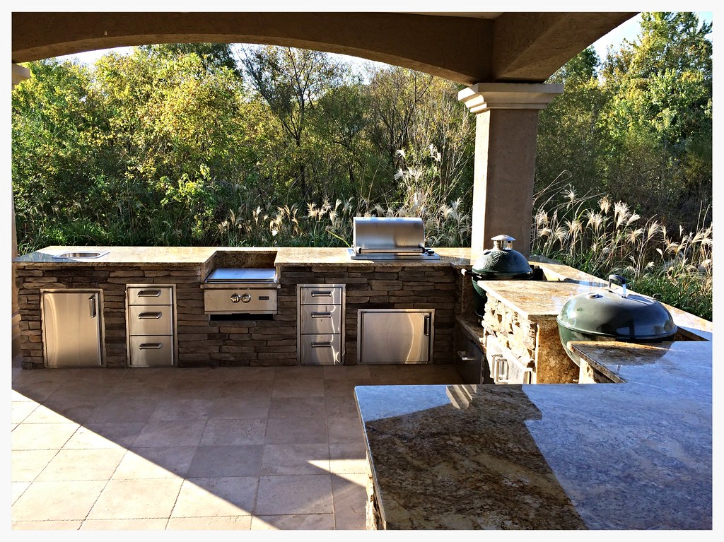 Custom Outdoor Kitchen, Hixson, Tn.