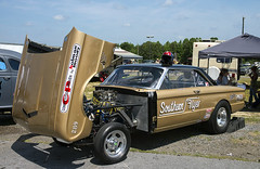 "The ""Southern Flyer"" Ford Falcon A/Gasser at Steel in Motion (Thumpr455) Tags: auto show ford car gold nikon automobile union may southcarolina lifestyle nostalgia ag falcon autoracing dragracing d800 2015 agas worldcars afnikkor3570mmf28d southernflyer agasser steelinmotion unioncountydragway"