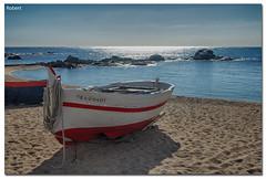 Barca (.Robert.) Tags: costa robert mar barca playa girona arena brava platja sorra calella palafrugell