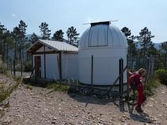 All'osservatorio astronomico (Emanuele Lotti) Tags: italy mountain montagne trekking italia hiking tuscany toscana osservatorio montagna pisani monti astronomico escursionismo escursioni