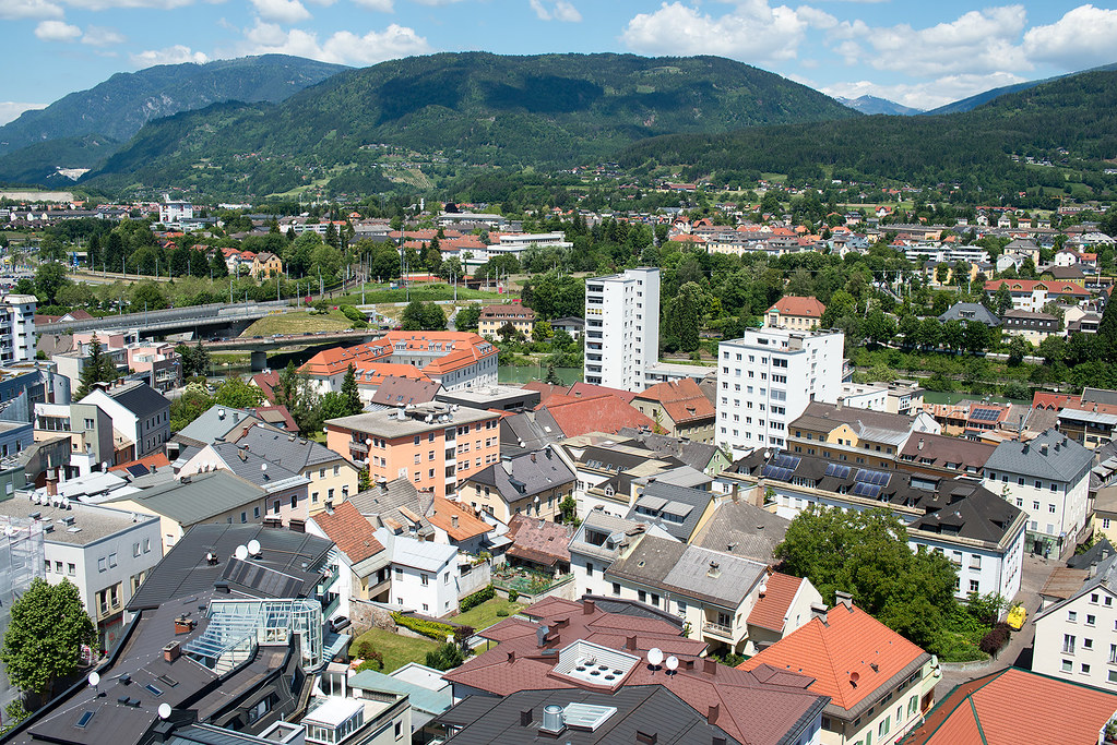 фото: Roofs of Villach #2