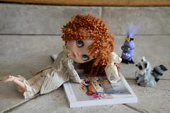 Décidemment, j'ai bien peur que ce livre (The little mischiefs par Dollytreasures) ne leur donne de mauvaises idées... surtout à Lilly !