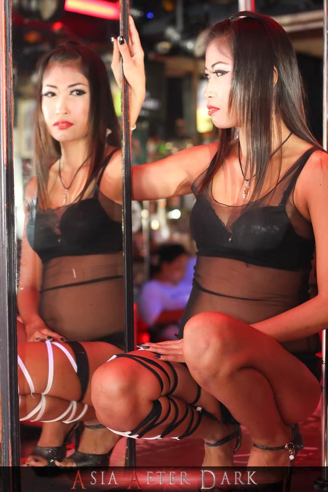 homoseksuell thai model escort chinese striptease