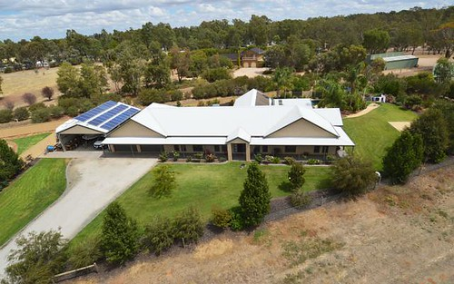 9 SILVER GUMS DRIVE, Moama NSW