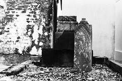 AA034 (Terry Christian Photo) Tags: nikon nikonf2 nikonf2photomic photomic kodak trix trix400 hc110 neworleans stlouiscemetery3 cemetery grave vault tomb ruin stone marble