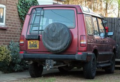 K351 BNM (Nivek.Old.Gold) Tags: 1993 land rover discovery tdi 5door 2495cc woburnlandrover