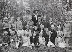 Norra ngby Folkskola, klass 2, vrterminen 1941 (Olle Sundh) Tags: stockholm norra skola klass bromma svv skolfoto ngby folkskola skolbarn vultejusvgen