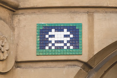 Paris 16me (PA_1144) (Meteorry) Tags: street game paris france art wall europe ledefrance arcade spaceinvader spaceinvaders july tiles invader pixels rue mur invasion idf artderue mosaques carrelage 2015 carreaux meteorry invaderwashere flashinvaders pa1144