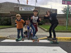 2016-12-03 17 15 35 (Pepe Fernández) Tags: grupo fotodegrupo niños reunión iphone iphoneografía móvil