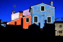 Ombre (luporosso) Tags: colors colori veneto burano architettura tetti ombra ombre shadow nikon luporosso rossolupo abigfave