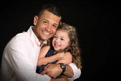 Ft. Hood, Texas photo shoot (BDphoto1) Tags: portrait people usa color smile children soldier happy texas father families daughter posing photograph inside hip uso fthood