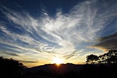 Regalos (Pensamientos Photocatalíticos) Tags: road travel viaje sunset sky horse mountain love clouds canon atardecer caballos photo colombia foto sundown camino walk paseo cielo nubes fotografia rider viajar cabalgata sx fusa cundinamarca fusagasuga sx500