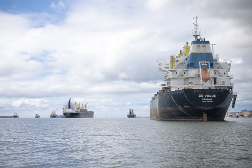 Navios abrem mão de atracar no porto de Paranaguá por falta de carga