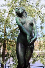 (just.Luc) Tags: sculpture woman statue female bronze nude sweden stockholm sverige zweden brons suède