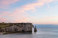 Cliffs at Etretat - Les falaises d'Etretat ( Mathieu Pierre photography) Tags: cliffs etretat les falaises detretat france normandie normandy sunlight extrieur nuage ciel paysage rivage littoral coucher soleil plage cte rocher canon eos 7d mark ii ef1635mm f28l usm markii mark2 mer