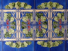 bunte Kachel-colored tiles (Anke knipst) Tags: edmundhaus kontorhaus kacheln tiles jugendstil bunt colored hamburg germany katharinenstrase30