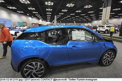 2016-12-30 2111 BMW - Indy Auto Show 2017 (Badger 23 / jezevec) Tags: 2017 20161230 indy auto show indyautoshow indianapolis indiana jezevec new current make model year manufacturer dealers forsale industry automotive automaker car 汽车 汽車 automobile voiture αυτοκίνητο 車 차 carro автомобиль coche otomobil automòbil automobilių cars motorvehicle automóvel 自動車 سيارة automašīna אויטאמאביל automóvil 자동차 samochód automóveis bilmärke தானுந்து bifreið ავტომობილი automobili awto giceh 2010s indianapolisconventioncenter autoshow newcar carshow review specs photo image picture shoppers shopping bmw