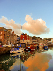 Padstow Harbour (photphobia) Tags: padstow cornwall town uk boat boats water harbour haven oldtown oldwivestale outdoor outside sky perspective reflection waterfront tug barge ship