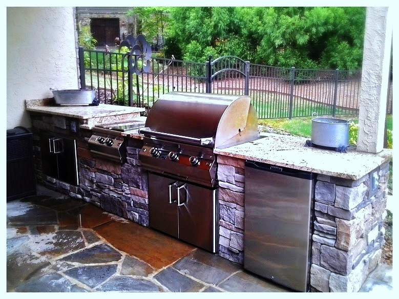 Fire Magic A660i  Custom Outdoor Kitchen. Dalton, Ga.