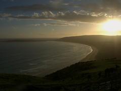 New.Zealand.2004-11-20.0070 (DigitalTribes) Tags: sunset newzealand sky sun beach 2004 nz dt digitaltribes markoneil